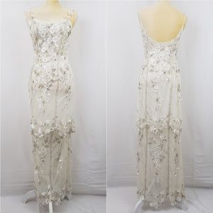 Cache Off White Mesh Beaded Floral Formal Dress